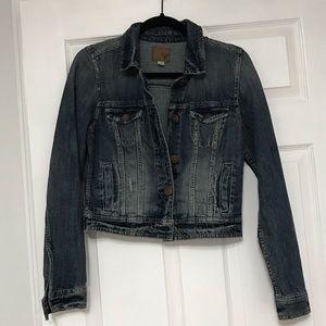 American Eagle denim jean jacket in like new shape